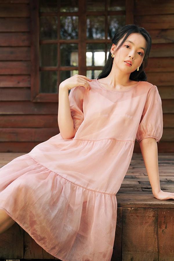 Thời trang Thúy Kiều Boutique chinh phục phái đẹp bằng những thiết kế thời trang amp;#34;teenamp;#34; - 2