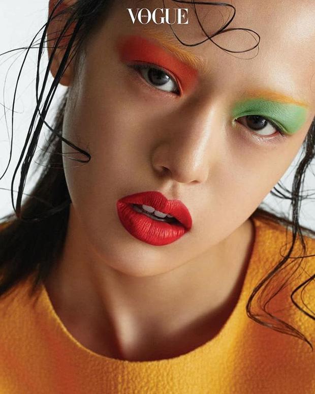 Mẫu Hàn 16 tuổi bỗng thành hiện tượng mạng vì đẹp lạ và cười giống hệt Sulli - Ảnh 14.